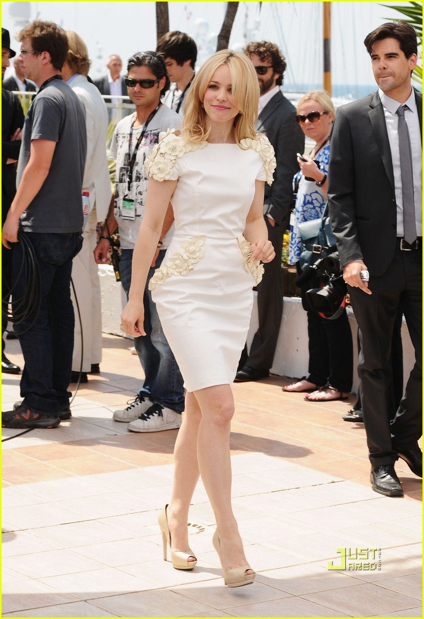 rachel mcadams maxime simoens cannes 23